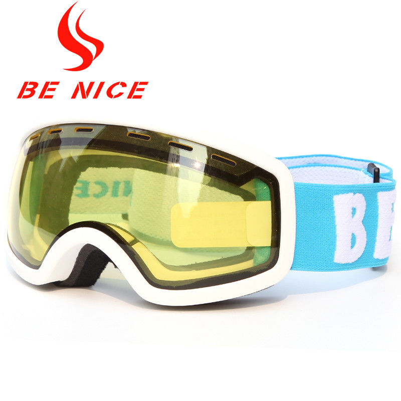 Anti Fog Kids Ski Goggles Interchangeable Lens UV Protection With CE Certificate