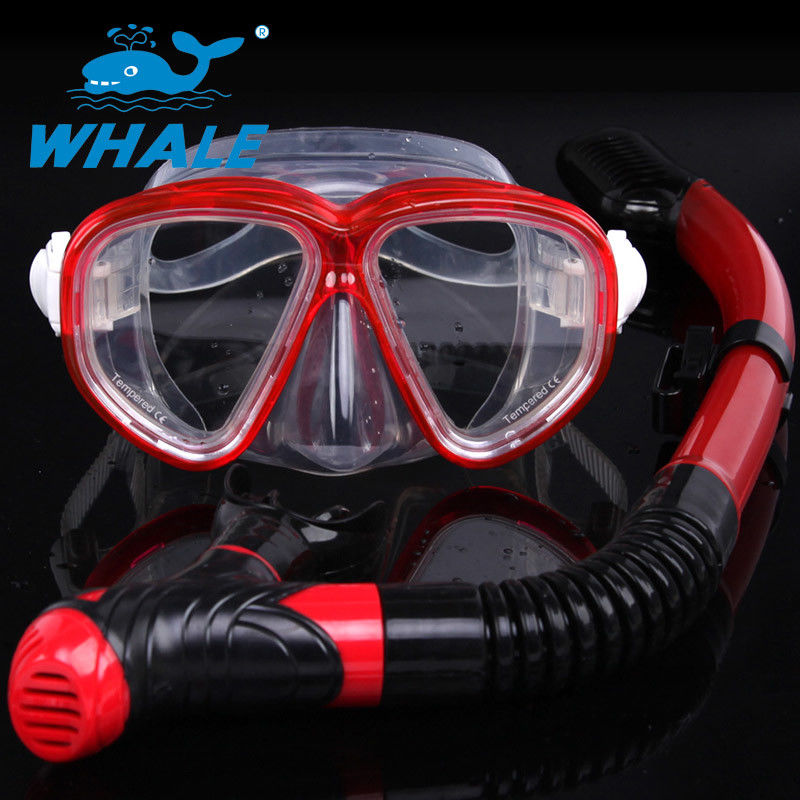 Portable Red Freediving Diving Snorkel Set With Anti Fog Treatment Reduces Fogging